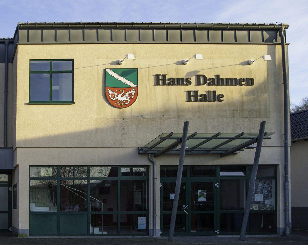 Haupteingang Hans-Dahmen-Halle Rheinbreitbach